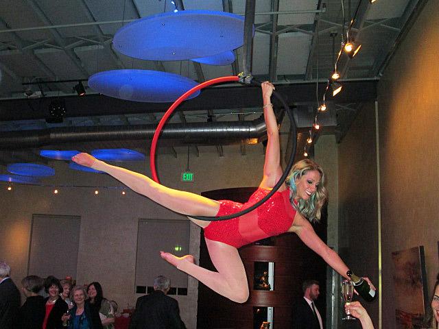 Acrobat Ring Dancer - 4 IMG_3527